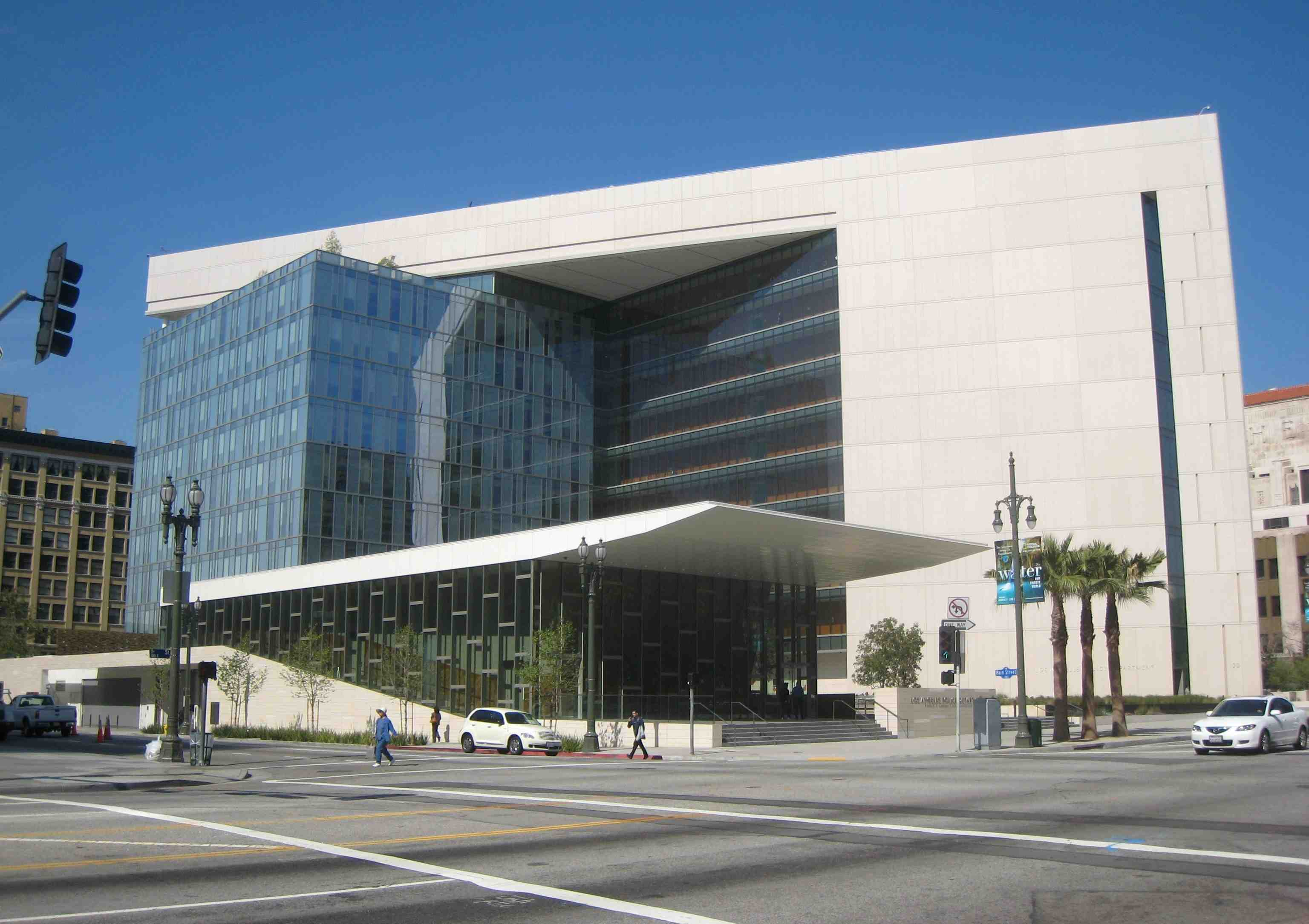 Lapd Building Demonstrates Environmental Leadership And