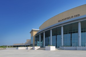 Tubelite_TX_MansfieldISD-PerfArtsCtr1_Huckabee